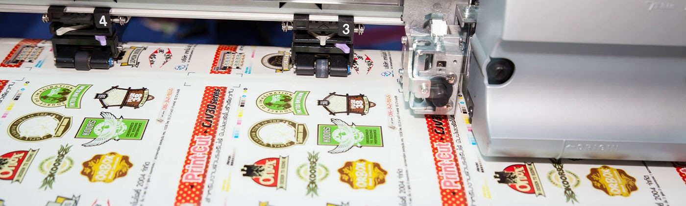Impressió i troquelat d'etiquetes i adhesius